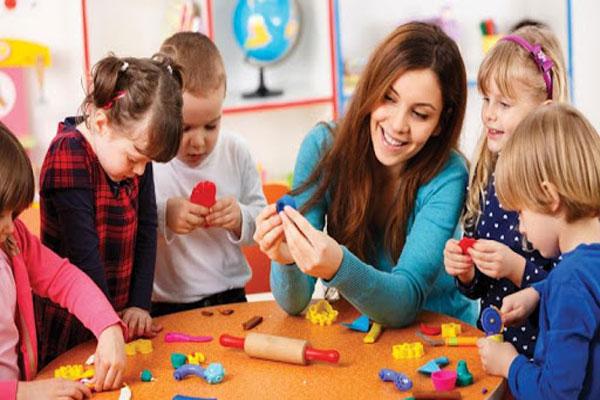 جلسات مشاور کودک چگونه است؟ و چقدر زمان می برد؟