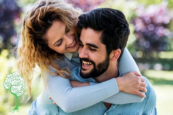 چه چیزی باعث ایجاد یک رابطه سالم می شود